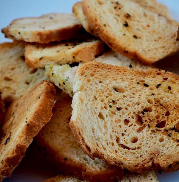 Panaderia puente asnil en Potes. Tostadas artesanales
